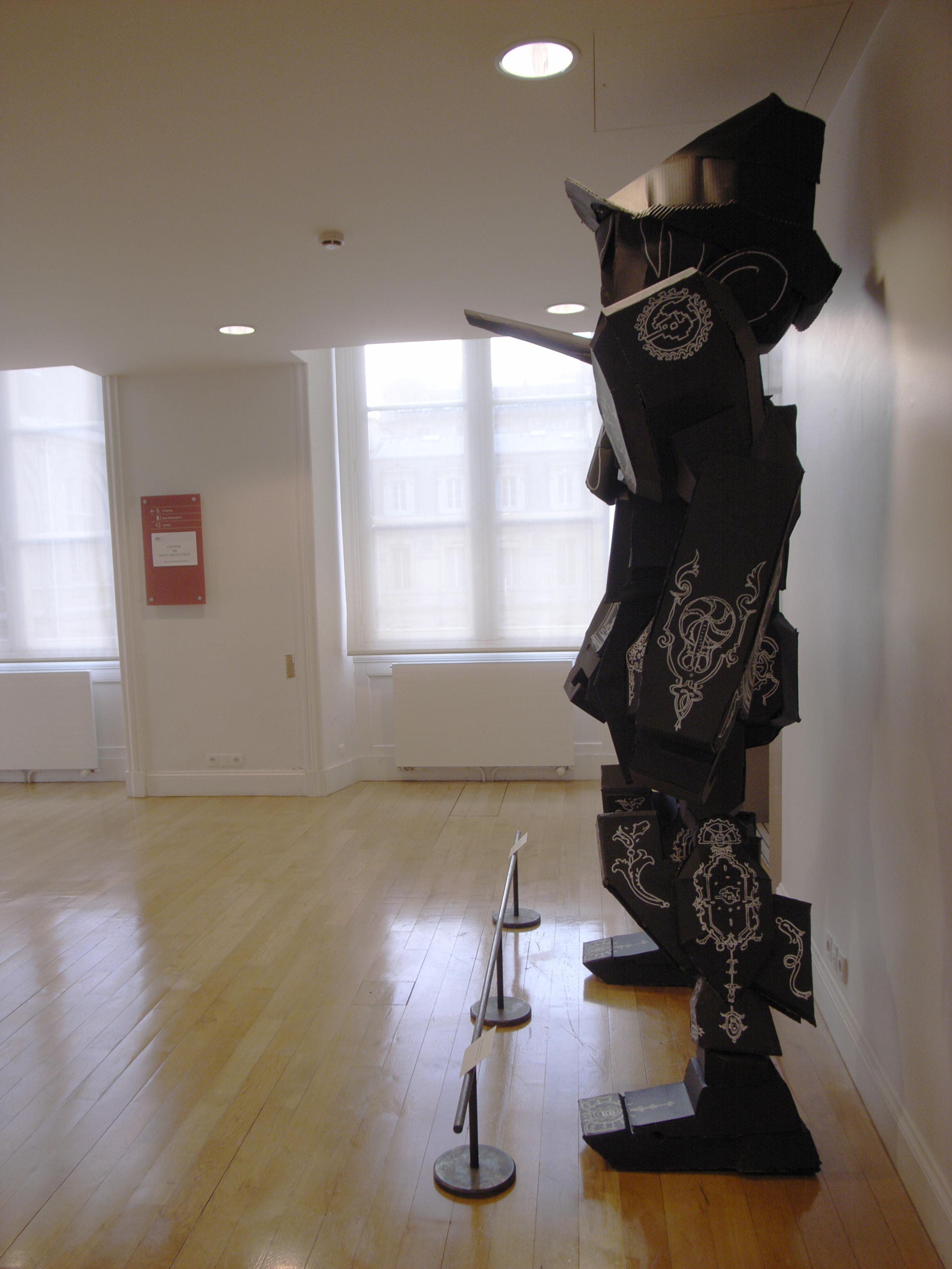 Nicolas Buffe - 2007---03 - mechapinocchio, 1,7 x 2,6 x 0,6 m : cardboard, paint, marker_4